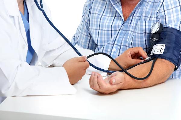 hasil dari beberapa studi menyebutkan bahwa lebih dari 24 persen orang dewasa berpotensi terkena hipertensi