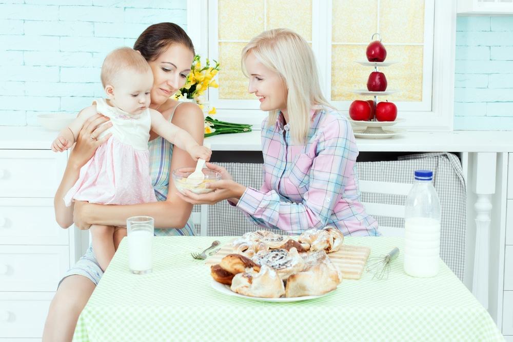 perawat bayi